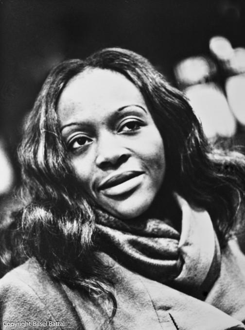 Oswalde LEWAT-HALLADE  (1976 –       )     Kamerun