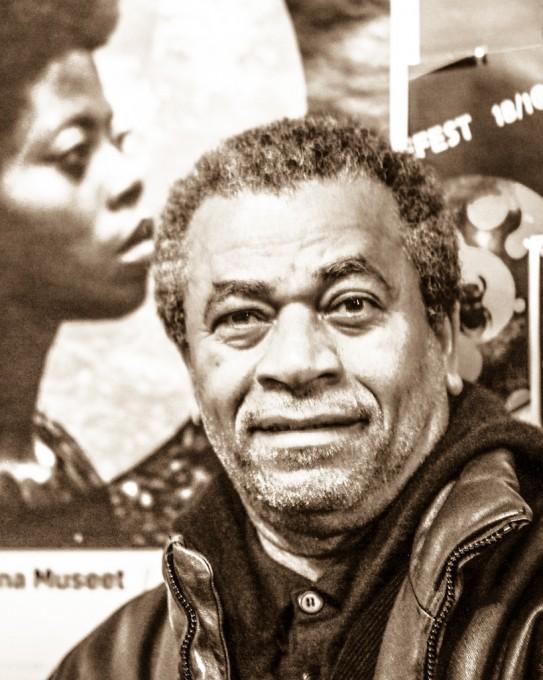 Zézé GAMBOA (1955 – ) Angola