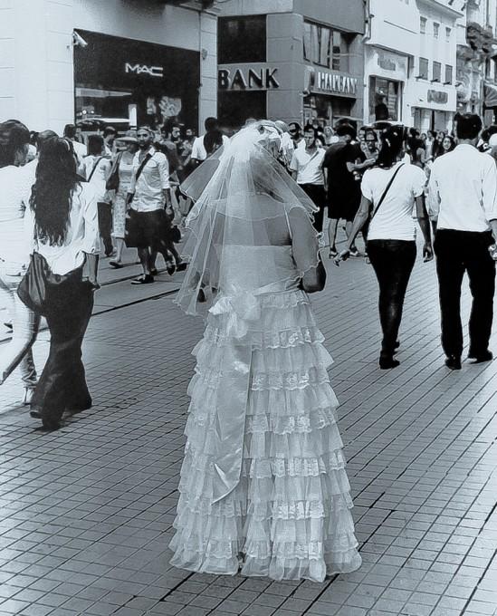 RUNAWAY BRIDE – Sept. 2010