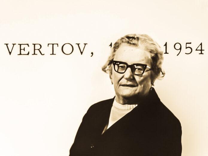 Elisaveta SVILOVA-VERTOVA (1900 – 19785)  USSR